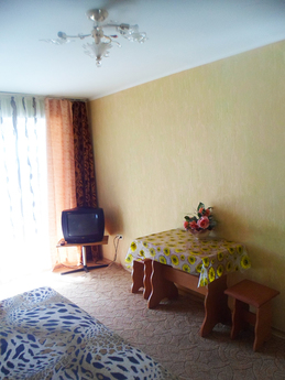 Rent an apartment, Okhtyrka - apartment by the day